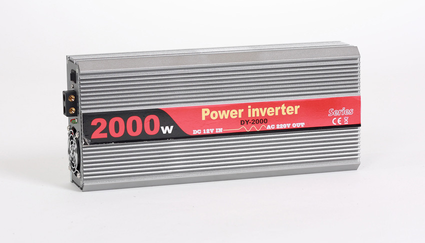 Menič napätia 24V DC/220V 50hz AC, 2000W